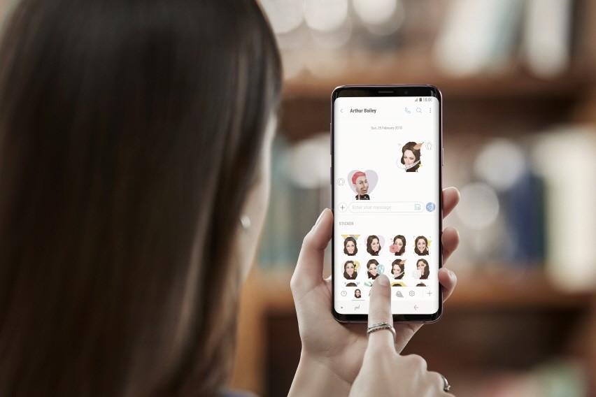 Conviértete en un emoji en tu teléfono